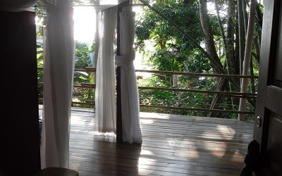 jazzys-river-house-dominical-costa-rica-upstairs-cabina-inside